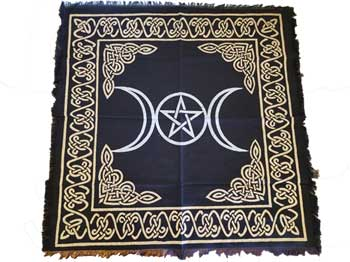 Triple Moon Pentagram altar/tarot